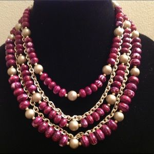 Jewelry - VINTAGE PURPLE AND GOLD TONE NECKLACE